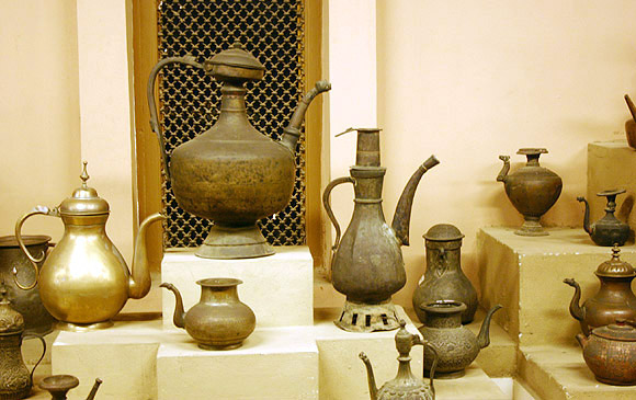Shehjar Web Magazine For Kashmir Vechaar Utensils Museum
